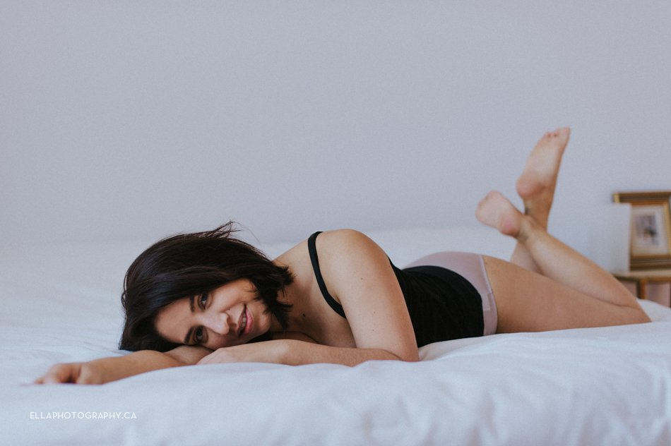 Boudoir Photography by ella photography in Montreal